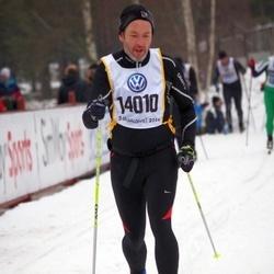 Skiing 90 km - Dominic Mcaleenan (14010)