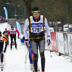 Skiing 90 km - Henrik Nilson (5787)