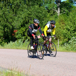 Vätternrundan - Anders Olsson (95), Tim Heikkinen (6371)
