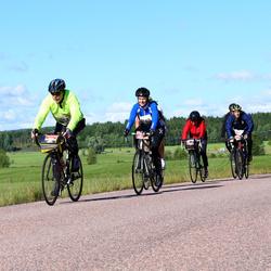 Vätternrundan - Kjell Karlsson (963), Jeff Meurling (3223), Matilda Flygt (3225), Helena Nilsson (4180)