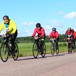 Vätternrundan - David Stenstad (3684), Zara Olsson (3685), Emma Holmgren (3686)