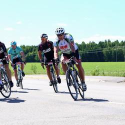 Vätternrundan - Fredrik Hallenberg (2501), Axell Collin (24521), Mathias Johansson (24903), Lars Djuvfeldt (25056)