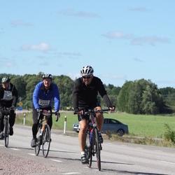 Vätternrundan - Anders Zetterberg (2321), Fredrik Jarizon (2355), Magnus Arvidsson (11224)