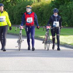 Vätternrundan - Hanna Lager (802), Amanda Petersson (805), Susann Blomqvist (806)