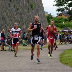 Maleryd Varberg Triathlon - Fredrik Andersson (205), Jesper Svensson (390)