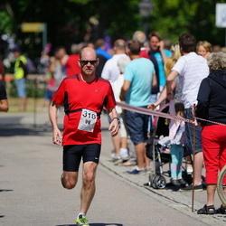 Maleryd Varberg Triathlon - Lars Sandin (318), Fredrik Überbacher (348)