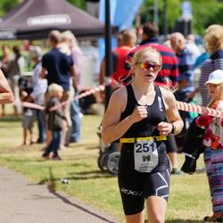 Maleryd Varberg Triathlon - Fredrik Andersson (204), Fanny Hedberg (251)