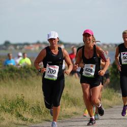 Varbergsloppet - Karolin Lingeskog (228), Lokhorst Malin Van (709)