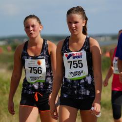 Varbergsloppet - Lisa Rosendahl (755), Linnea Emanuelsson (756)