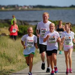 Varbergsloppet - Tommy Johnsson (1097), Tilda Johnsson (1098), Stella Warborn (1099), Vilma Erenmalm (1272)